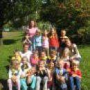 učenci 1. b z učiteljicami