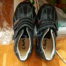 spomladanski čevlji, št.30, cena 5€