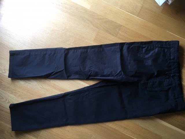 Črne hlače H&M 146