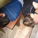 mrtveva?? ale pa spita?? ahh pijaneva!!