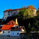 pogled na škofjeloški grad