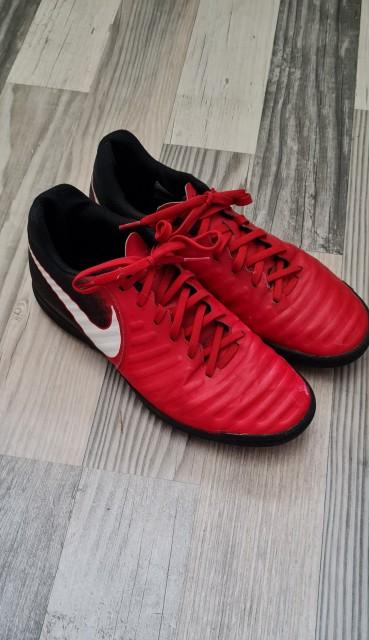 športni copati Nike št. 43