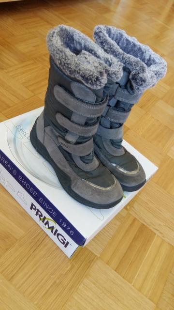 Primigi goretex škornji; 37