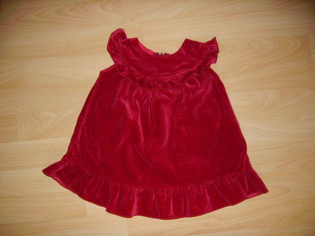 žametna oblekica v 86 venar bolj 80 cena 4 eur oblečena 2-3 krat