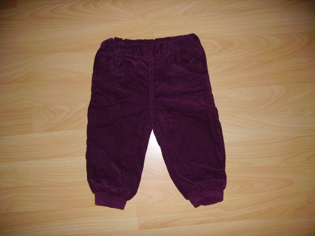 žametne podložene hlače cena 4 eur oblečene 1-2 krat