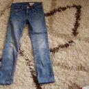 dekliške hlače 134,140,146,152