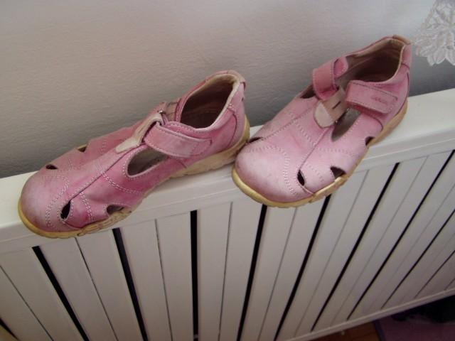 Dekliški sandali, čevlji  Ciciban št.28/29 - foto