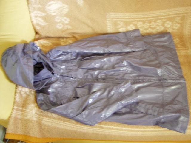 Dežni plašč s kapuco 138 10 let - foto