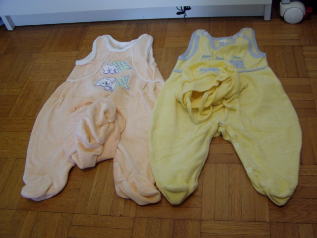 Dekliška oblačila 68 - foto