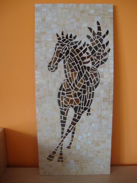 KONJ - mozaik za prodajo