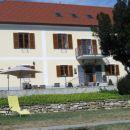 dvorec Jeruzalem_nekdaj prestižna vila lastnika vinogradov