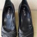 Usnjeni čevlji št.40