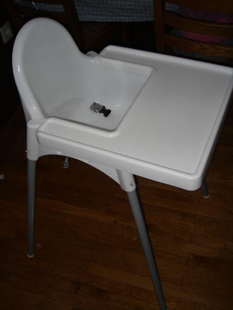 Ikea stol za hranjenje prodan, hvala lepa kupki!
