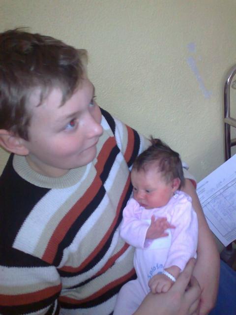 Obisk bratca Damirja v bolnici - foto