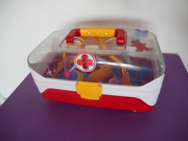 Zdravniški kovček, igrače za otroke