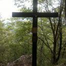 Pa še Finžgarjev križ sem si ogledal od daleč...