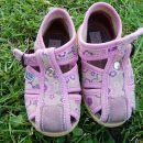 deklica čevlji št. 20