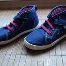 Čevlji št. 28 - 4 €