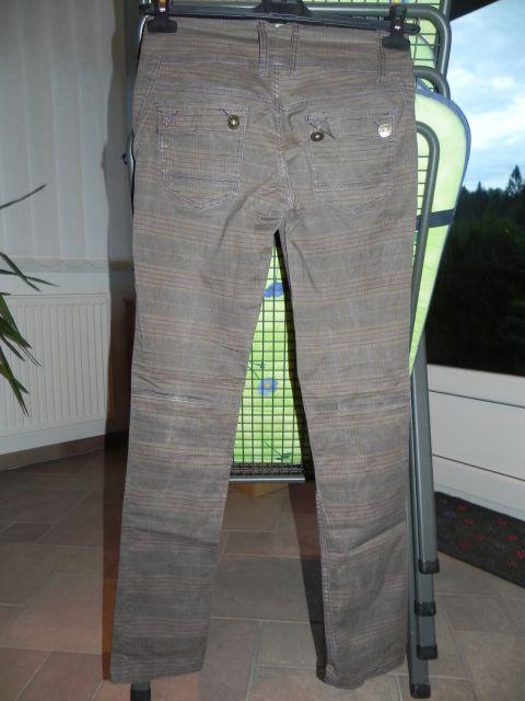 Karo hlače, tanko platno 36