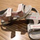 Sandali 28