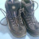 pohodni čevlji Mckinley