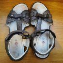 dekliški sandali štev. 36