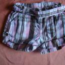 kratke hlače H&M, št.68