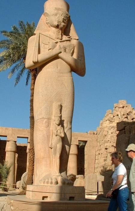 1/4. egipt - karnak tempelj - foto