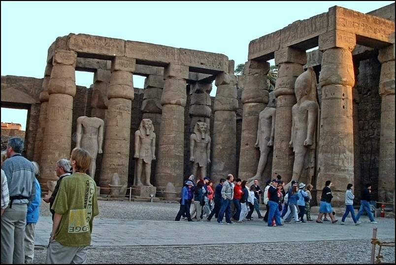 1/5. egipt - luxor tempelj - foto povečava