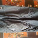 Črne, dolge ali bermuda športne hlače