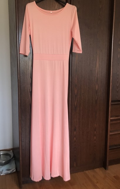 Obleke številka S - foto