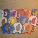 četica slončkov, namenjena v Iko