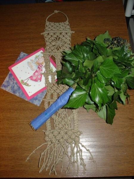 Spomladanski swap za birbo (makrame stenski obesek, butarica in čestitka)