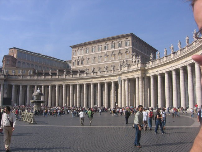 Papeška država Vatikan.