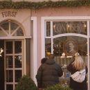 Tukaj, na znameniti ulici Getreidegasse lahko kupite tiste prave, originalne Mozartove kro