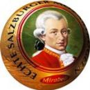Mesta ne morete zapustiti brez Mozartovih kroglic. Nam dobro znane so temno rdeče Mirabelo