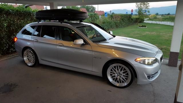 BMW F11 - foto