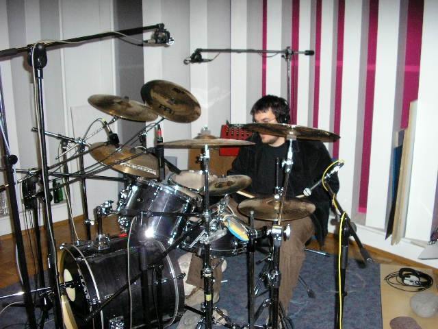 Fotke s snemanja bobnov - foto povečava