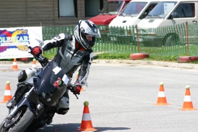 Spretnostna vožnja za DP Trebnje 2006  - foto
