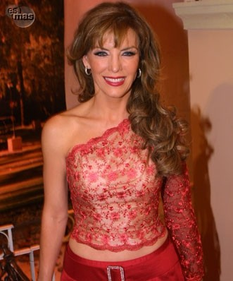 Laura Flores - foto povečava