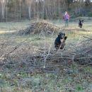 Rona leti...en zajec pa za njo :)