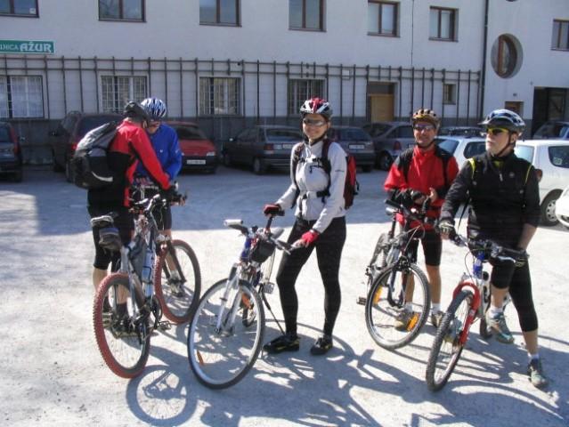 Kolesarjenje Polževo 050405 - foto
