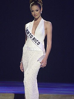 Denise Quiñones-miss universe 2001 - foto