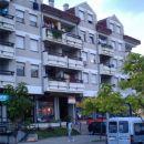 Tipični podgoriški stanovanjski blok