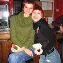 Ksenja in Katja z najnovejšo frizuro, de elipse (škarje mal zavijejo)