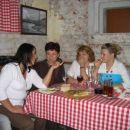 kuharca37, Miia, Sineja in hčerka