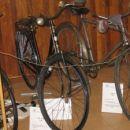 stari bicikli na ogled