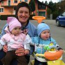 Jas in moja prijateljica Mia Brina z mamico