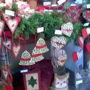 malo stresena dekoracija :) les!