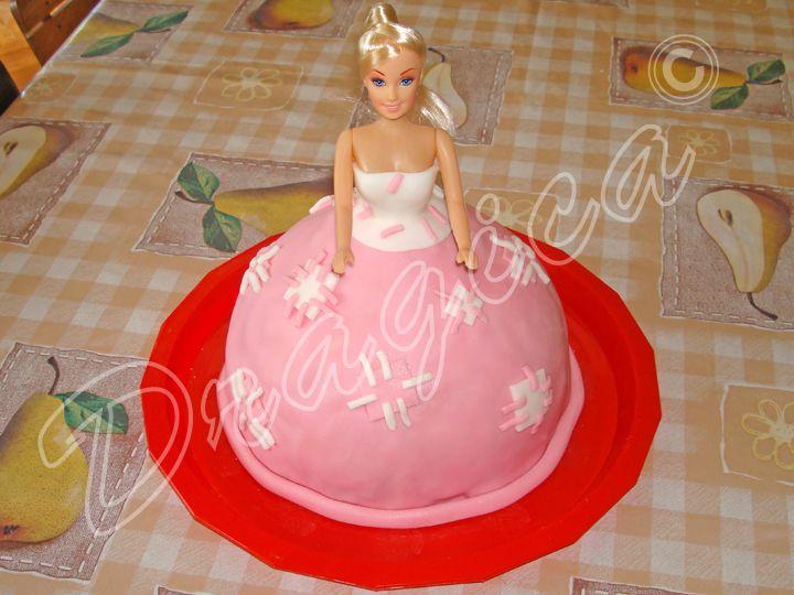 Cake Design Torta Barbie : Torta Barbie Car Interior Design